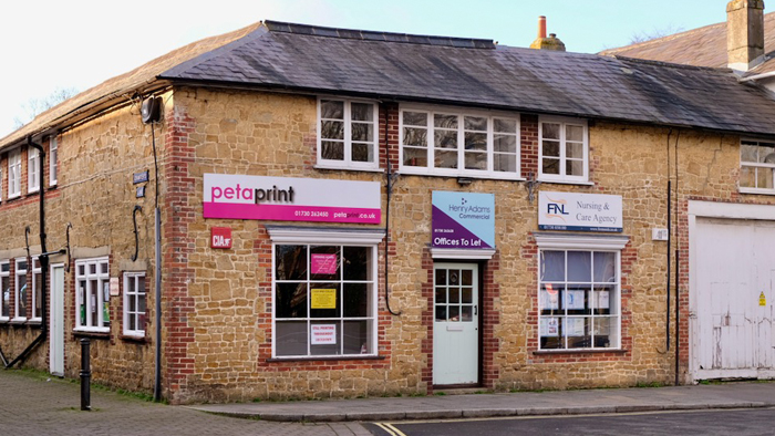 Image of the Peterprint shopfront in Petersfield